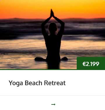 yoga-beach-retreat
