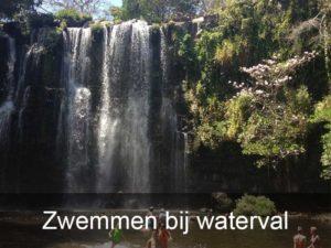 zwemmen-bij-waterval
